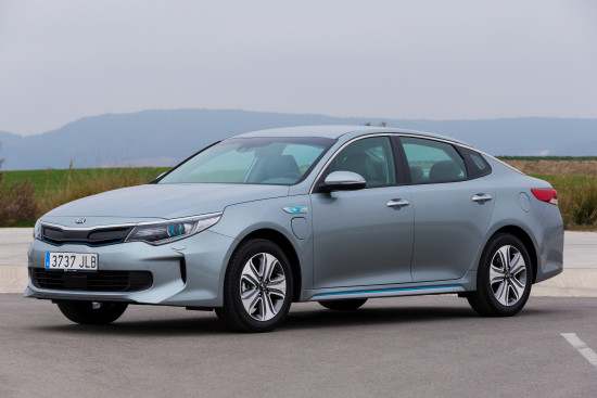 kia optima plug-in hybrid - exterior 02