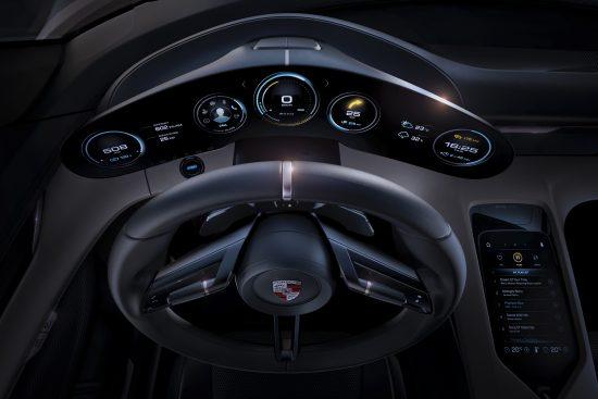 Porsche Mission E wnętrze