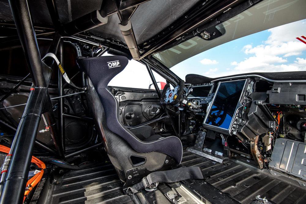 Wnętrze Electric GT