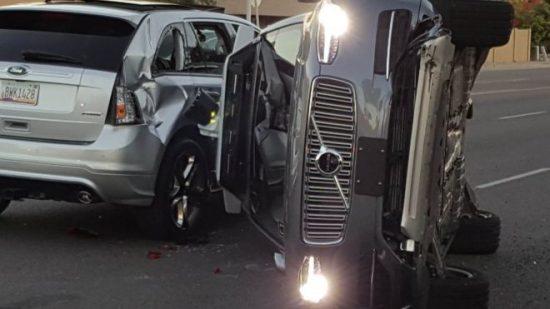 Wypadek Volvo UBERa