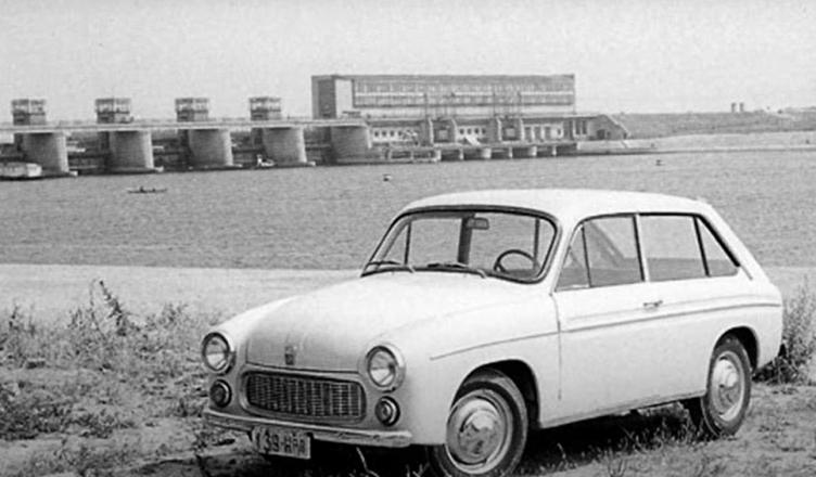 Prototyp Syreny 607 Coupe